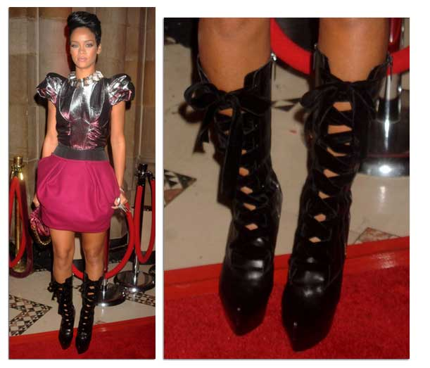 timeless design 140f6 c70b5 Celebrity Shoes: Rihanna's lace-up platform boots at the 3rd ...