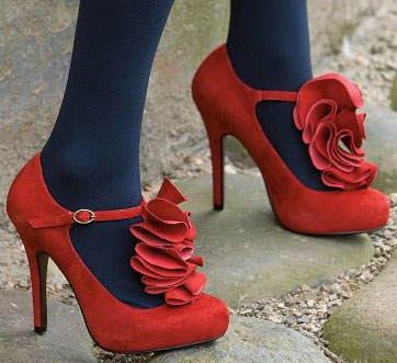 love-lable-ruffle-shoes