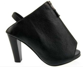 c3ed805a503 Opening Ceremony zip detail shoes