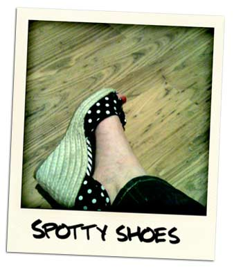 polka-dot-wedges