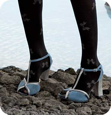 Shoeperwoman Poll: What do you think of tights with peep ...