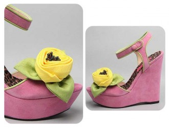 betsey-johnson-pink-flower-wedges