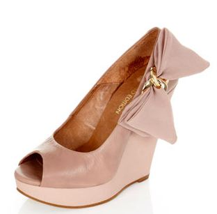 miss selfridge natural bow wedges
