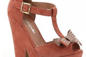 polyanna cut out bow wedges