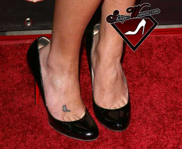 Ask Shoeperwoman: Why don't celebrities' shoes fit properly?