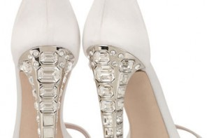 miu-miu-crystal-heel-sandals