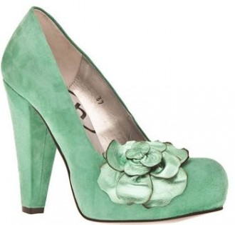 4e57c1f3dd83 Schuh  Yana  turquoise suede court shoes