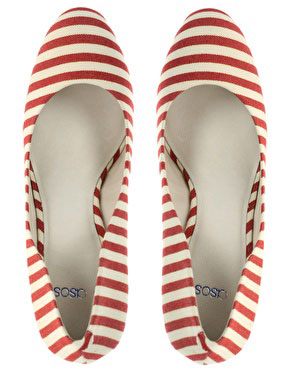 red-and-white-striped-shoes \u003e