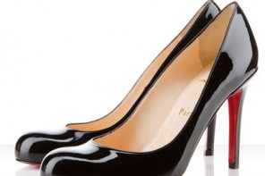 christian-louboutin-simple-pumps