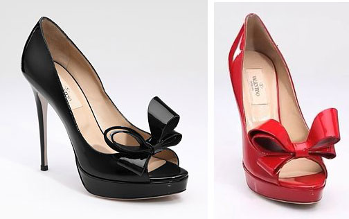 6d9ea41ee30 Valentino Patent Leather Round Toe Bow Pumps > Shoeperwoman