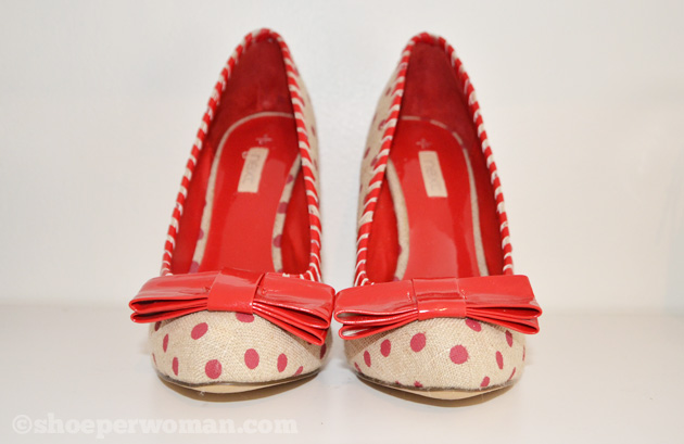 polka dot shoes with bow on the toe