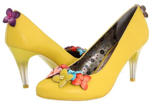 Yellow court shoes with flowers by Poetic Licence