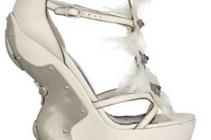 White platforms with wavy heel by Alexander McQueen