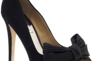 Black peep toe shoes with bow by Badgley Mischka