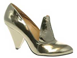 Silver shoes with oversized tongue
