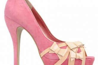 pink shoes with bows