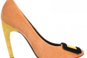 Roger Vivier orange suede pumps