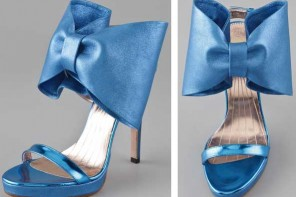 Viktor & Rolf blue bow sandals