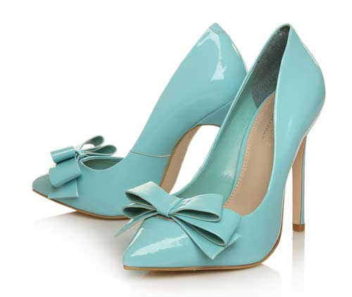 Carvela assemble point toed bow pumps in light blue shoeperwoman pale blue patent pumps with bows junglespirit Image collections