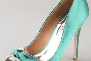 Badgley Mischa jade satin peep toe shoes