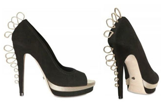 shoes-with-hooks-on-heels