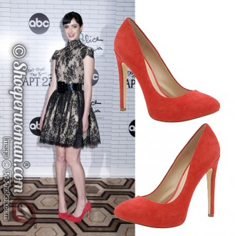 Krysten Ritten in red Aldo pumps