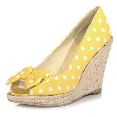 yellow polka dot wedges gt