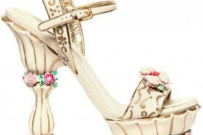 Dolce & Gabbana 160mmm crystal, leather and rose sandals