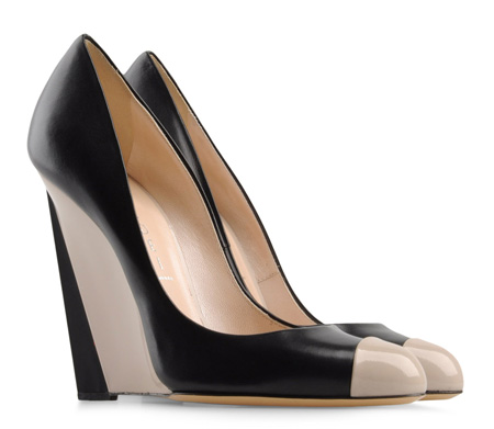 Casadei black and taupe leather wedges