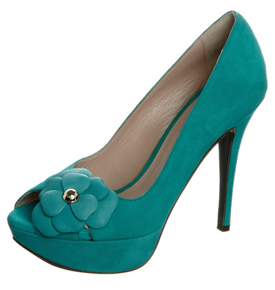 green peep toe shoes with flower