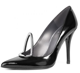 Stuart Weitzman 'Pear' Metal-Detail Patent Pumps