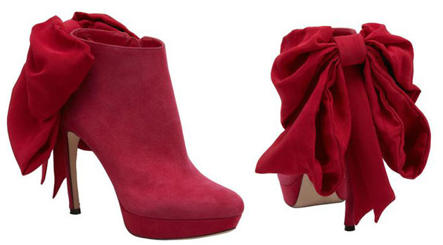Alexander McQueen bow-back ankle boots