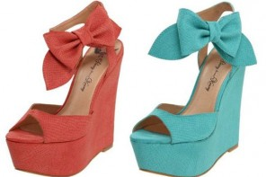 Penny Loves Kenny bow wedges