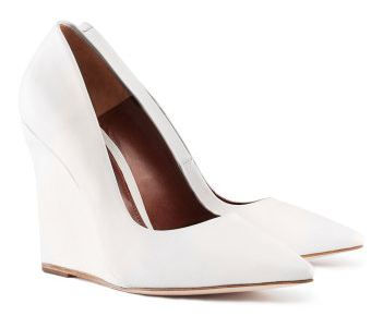 60993cae02a H M white leather pointed toe wedges   Shoeperwoman