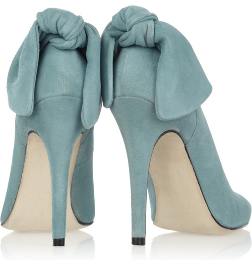 Carven bow-embellished suede pumps