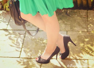 black new look peep toes