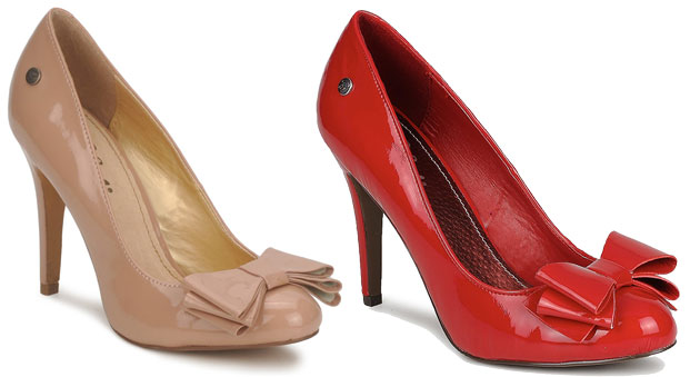 Blink simple bow-front patent pumps