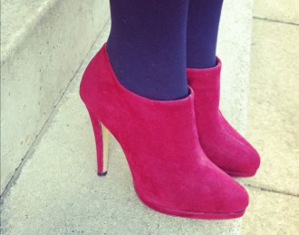 red shoe boots