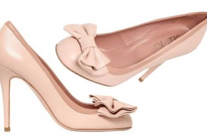 RED Valentino pale pink bow pumps