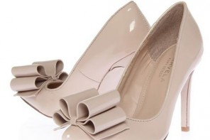 Carvela Khloe bow shoes in pink and black
