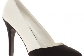 monochrome shoes with pointed toe and high heel