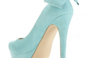 high heel shoes with bow