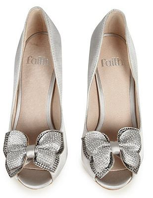silver peep toe shoes with bows
