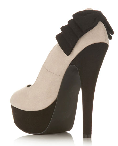 high heel shoe with bows