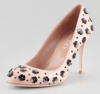 pink flower pumps