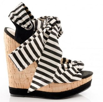 back and white stripe wedges
