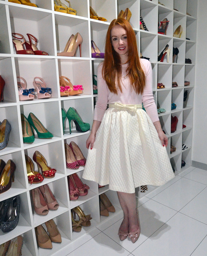 what to wear with flat shoes