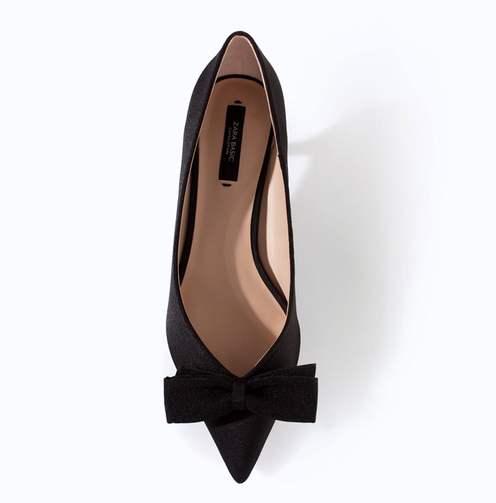 ed70d08f6484 Zara black kitten heels with bow   Shoeperwoman