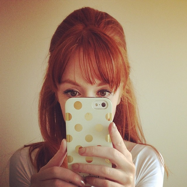 Just call me Peg Bundy... #beehive #redhead #retro
