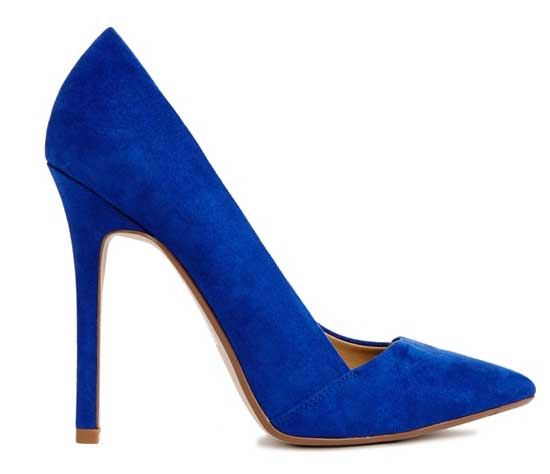 blue pointed shoes